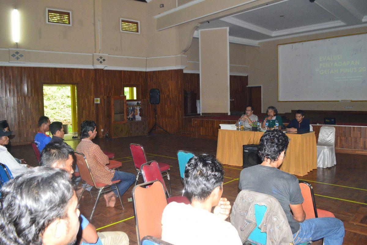 Rapat evaluasi penyadapan getah & pemberian penghargaan penyadap tahun 2019